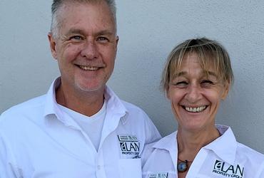 Meet Gordon and Frances Barnard!